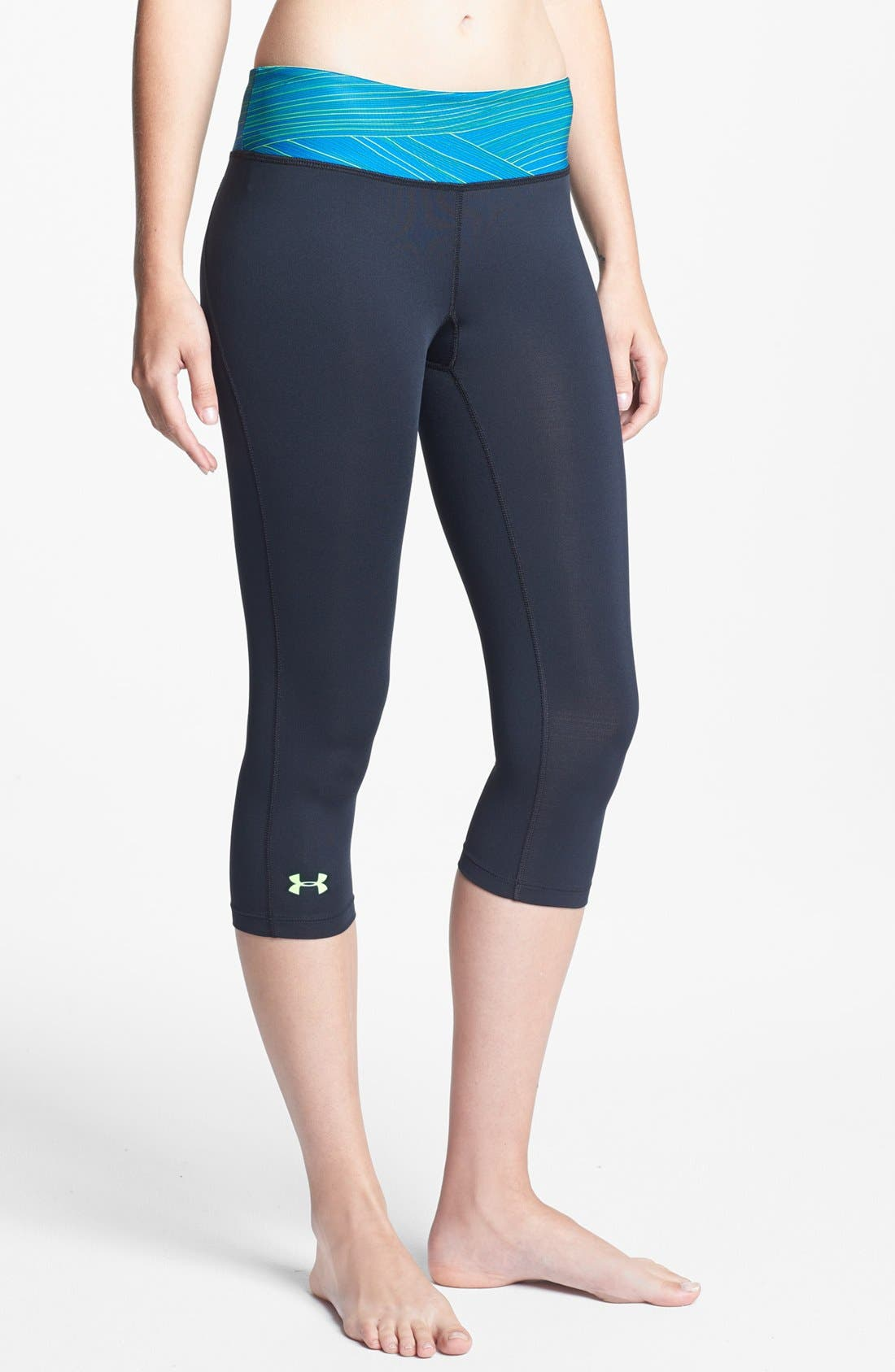 Alternate Image 1 Selected - Under Armour 'Hot Shot' Capris