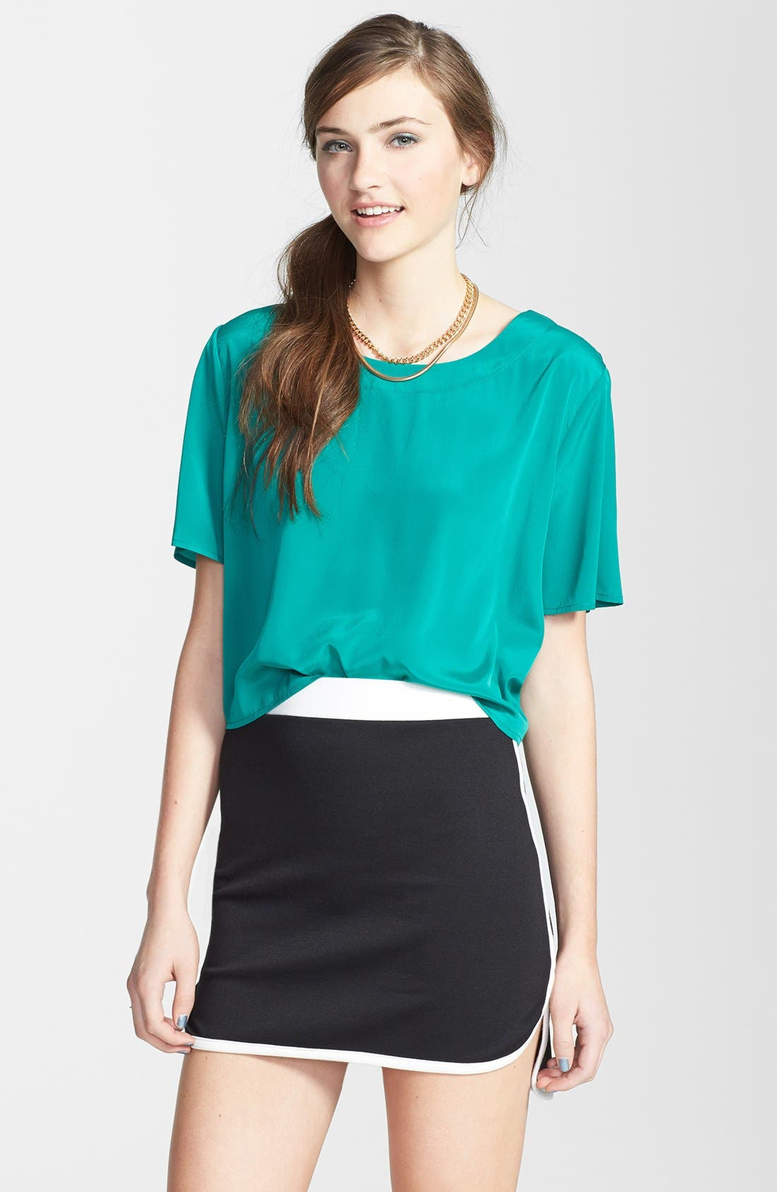 Alternate Image 1 Selected - Painted Threads Contrast Trim Miniskirt (Juniors) (Online Only)