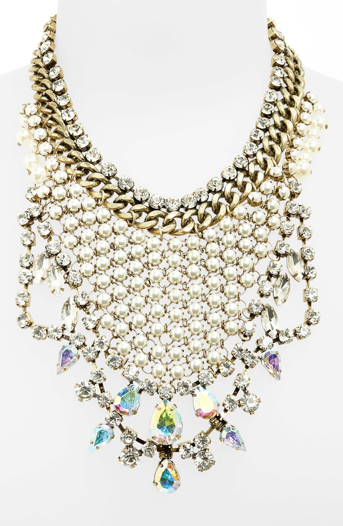 Alternate Image 1 Selected - Tildon Statement Necklace