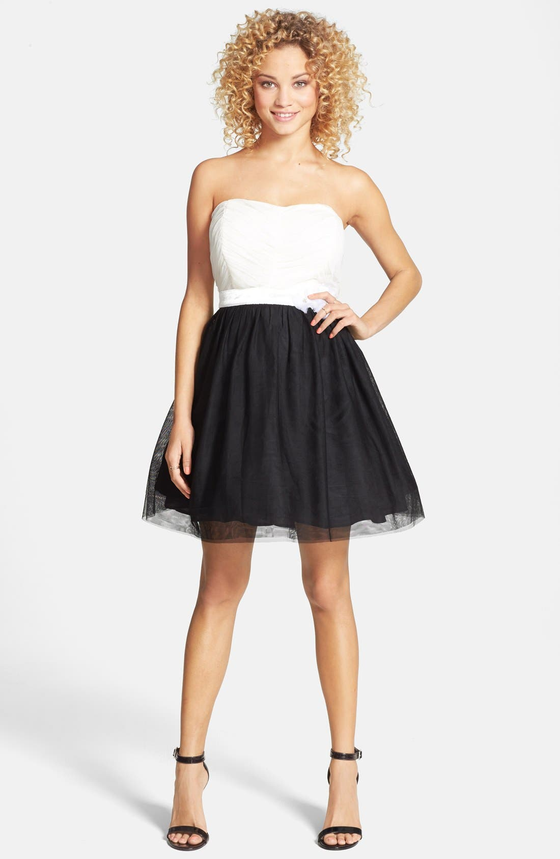 Main Image - As U Wish Strapless Colorblock Party Dress (Juniors)