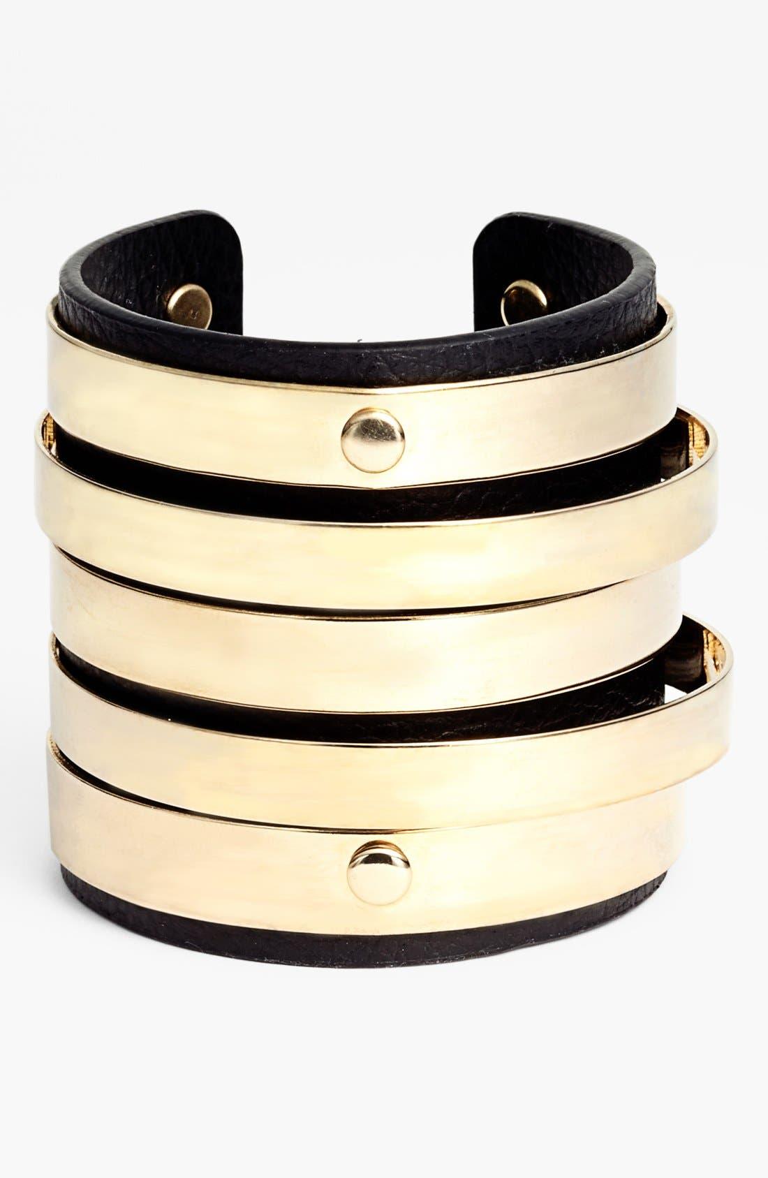 Main Image - Cara Couture 'Gold Bar' Cuff