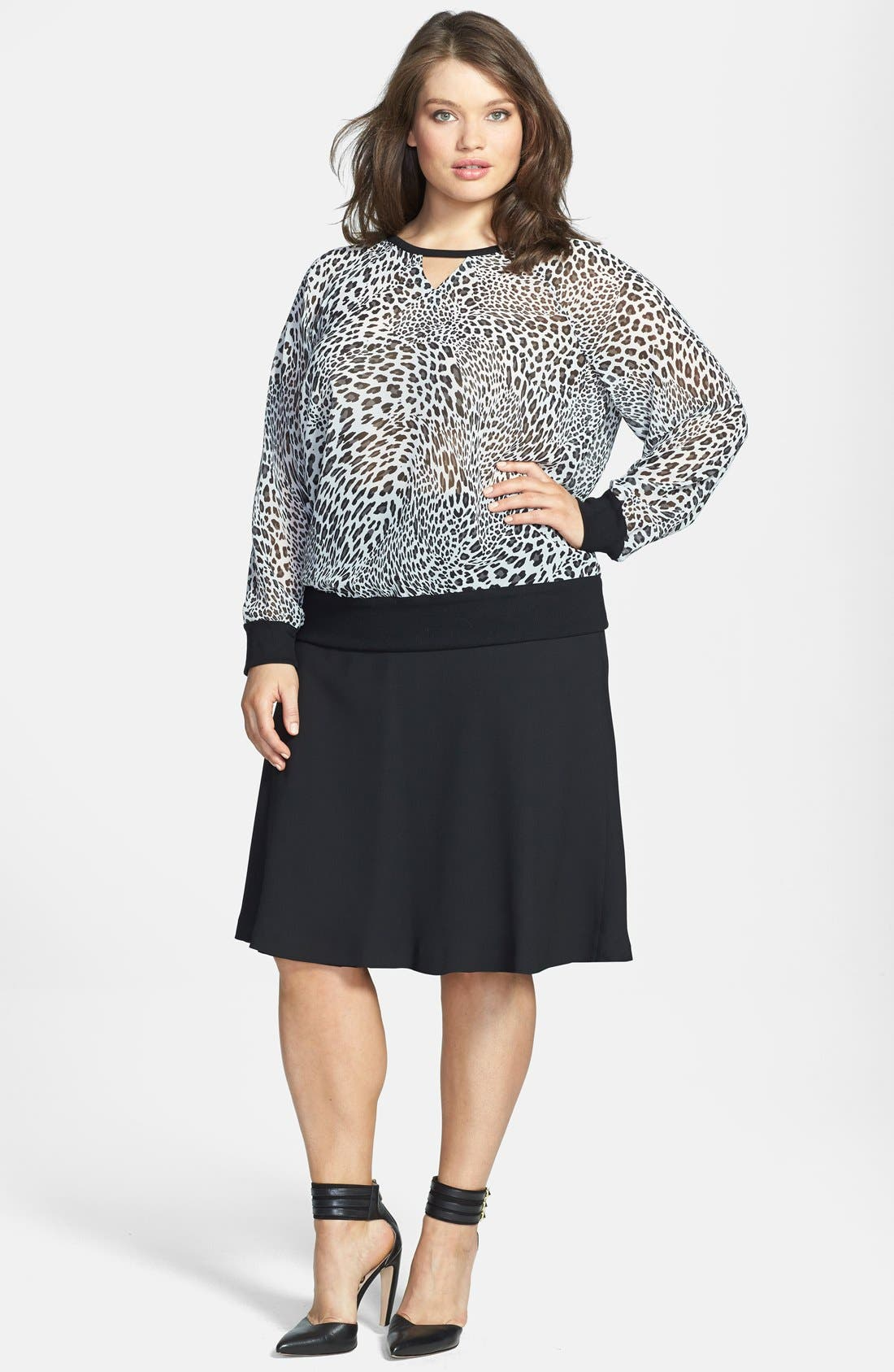 Alternate Image 4  - Two by Vince Camuto 'Leopard Stream' Batwing Sleeve Top (Plus Size)