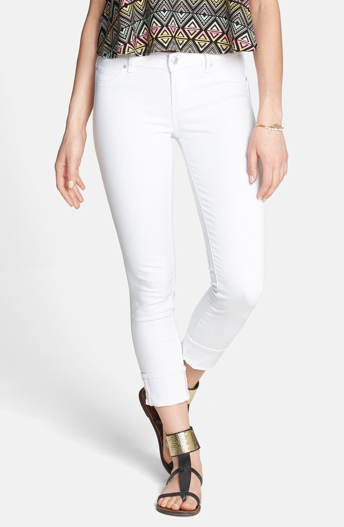 Alternate Image 1 Selected - Articles of Society 'Zoey' Crop Skinny Jeans (Optic White) (Juniors)