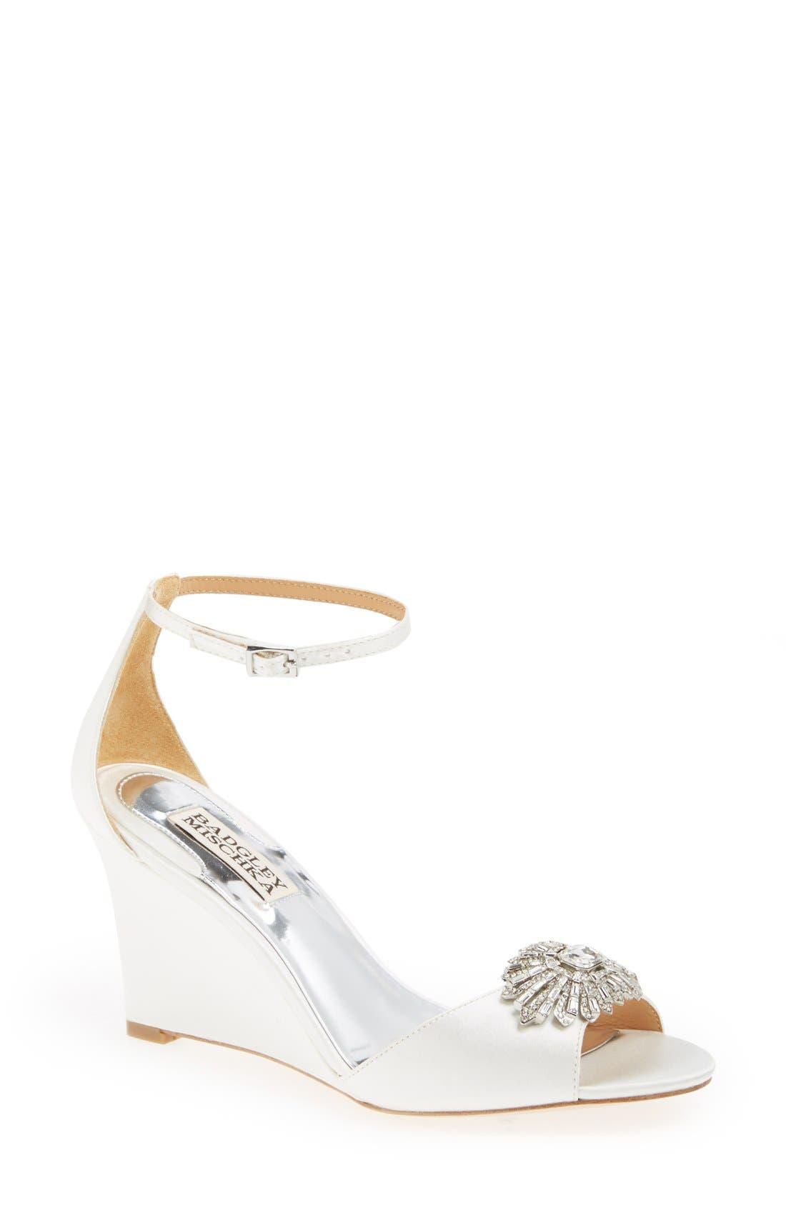 Main Image - Badgley Mischka 'Harmony' Sandal (Women)