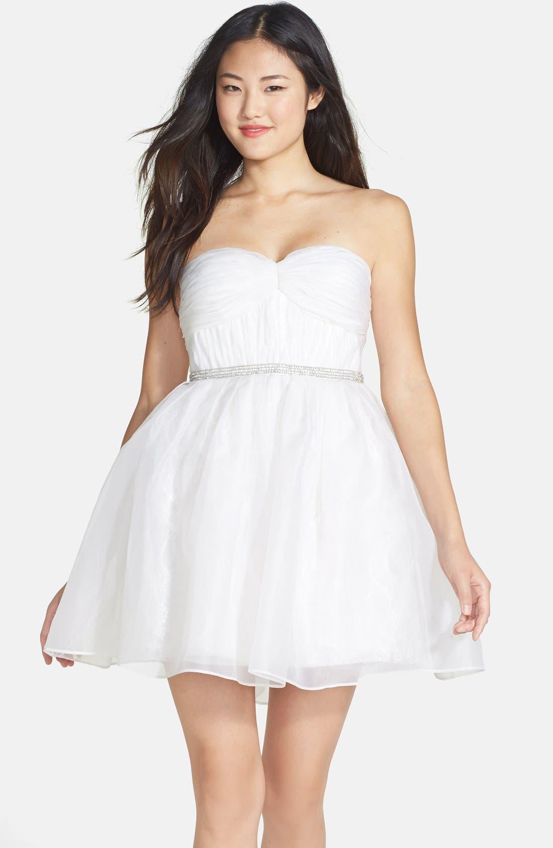 Main Image - Ali Ro Strapless Organza & Lace Dress