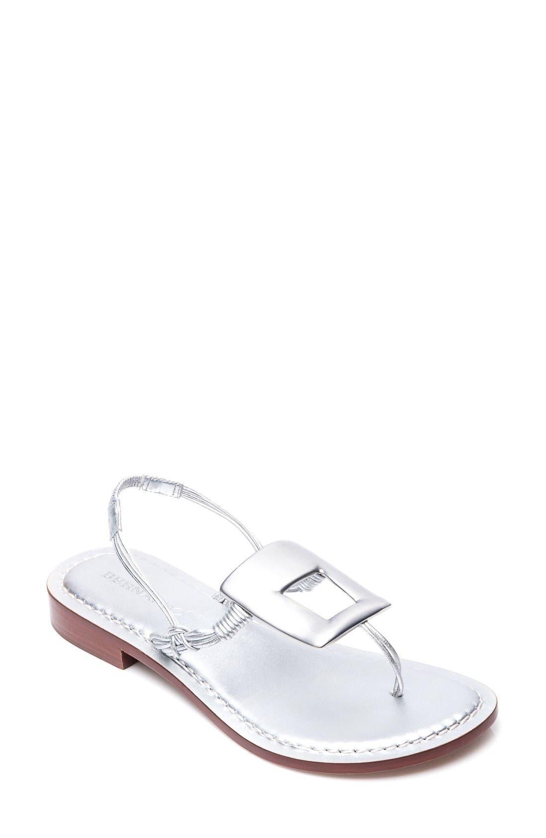 BERNARDO Triumph Sandal