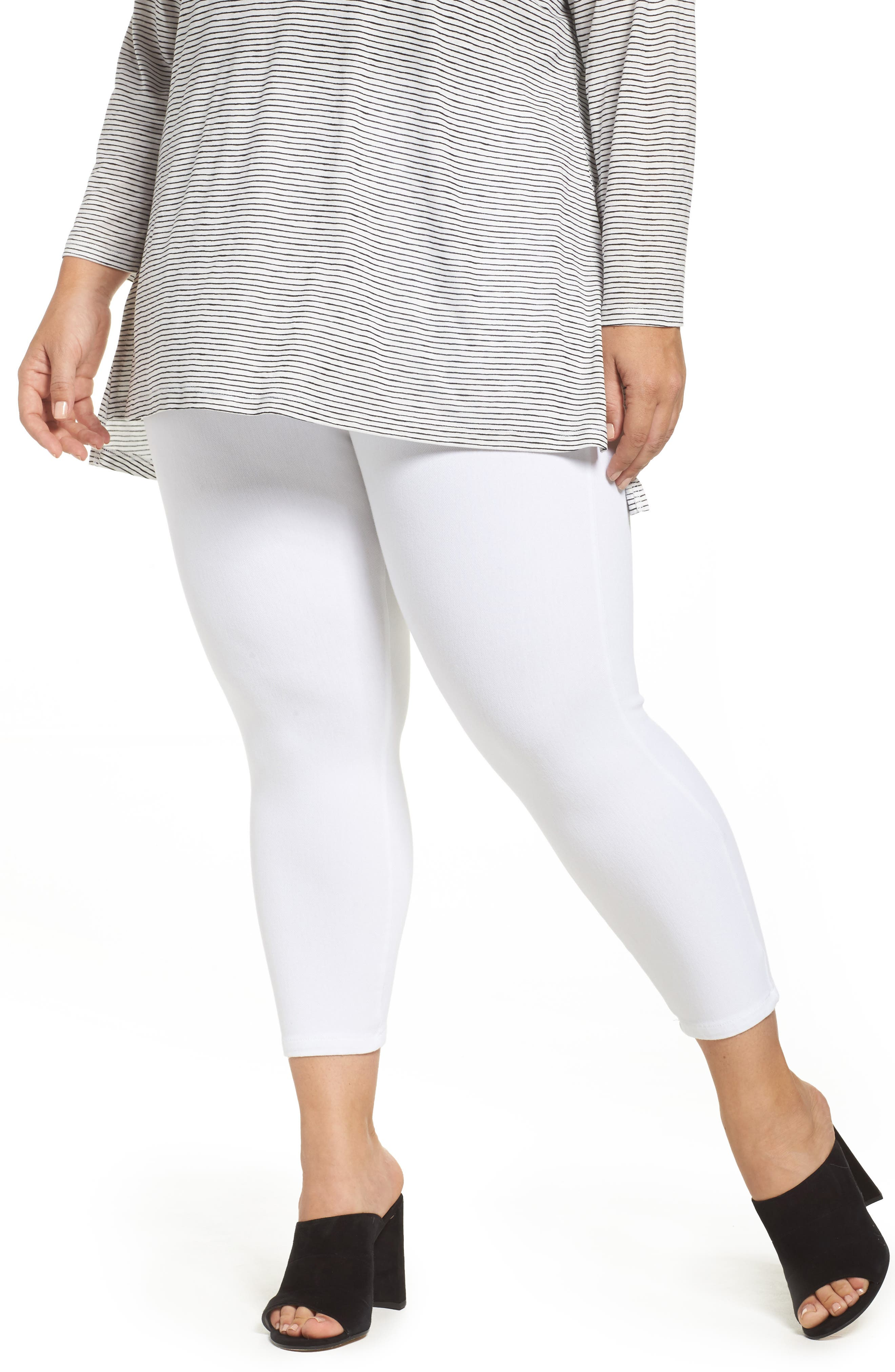 Lyssè Toothpick Crop Denim Leggings (Plus Size)