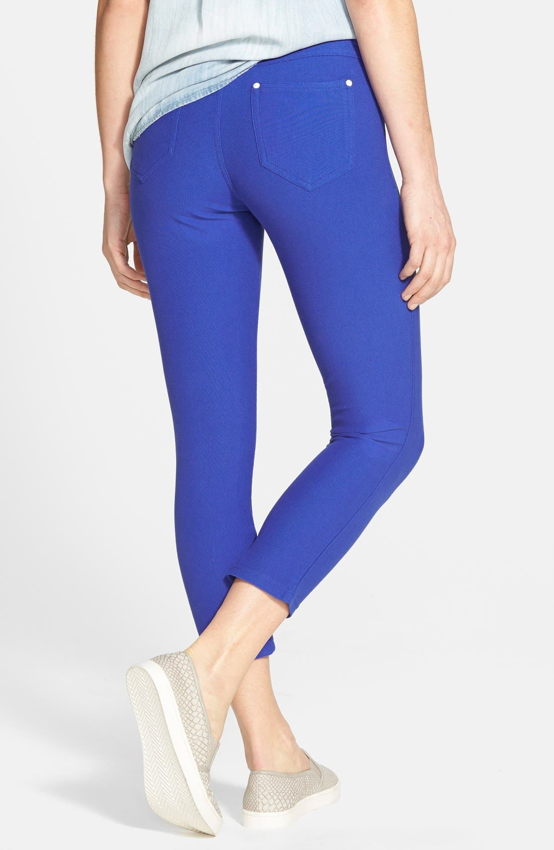 Alternate Image 2  - Hue Piqué Skimmer Leggings