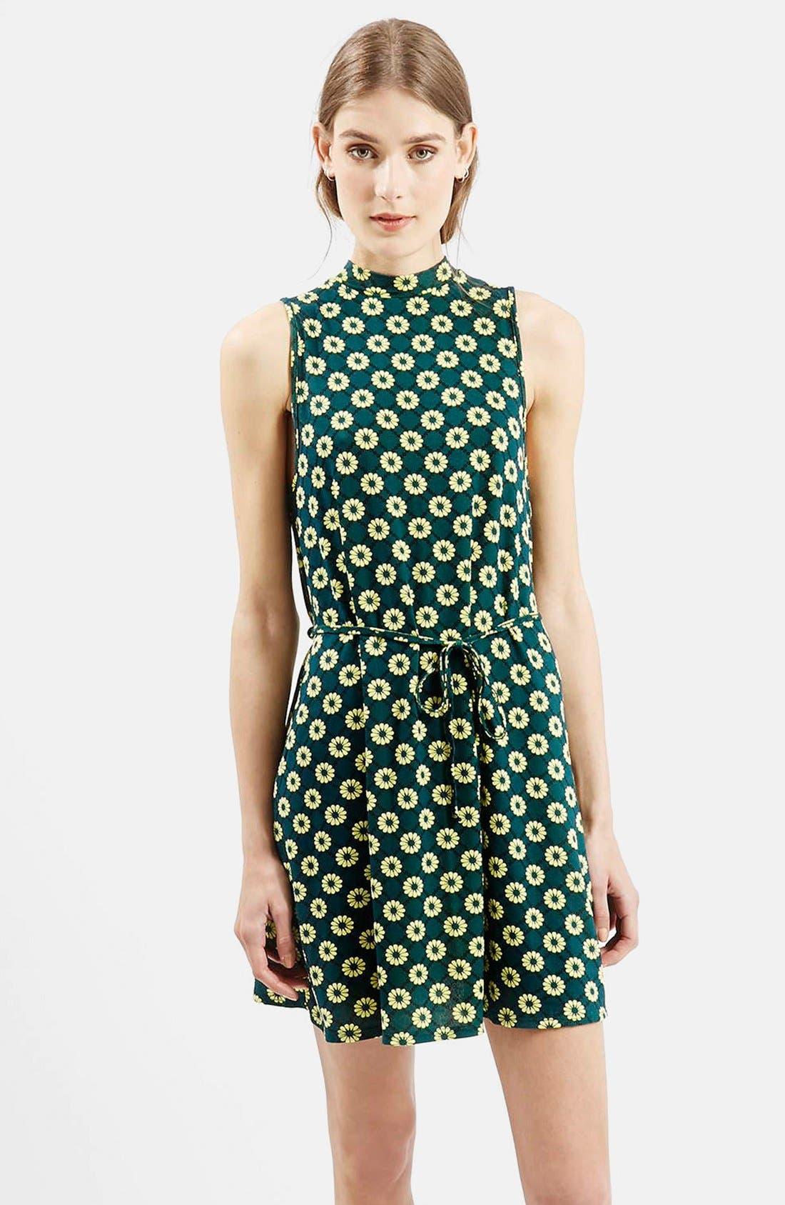 Alternate Image 1 Selected - Topshop 'Scandi' Flippy Sleeveless Dress
