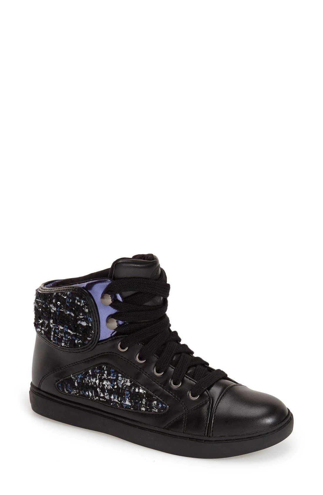 Alternate Image 1 Selected - GUESS 'Revera' Sneaker (Women)