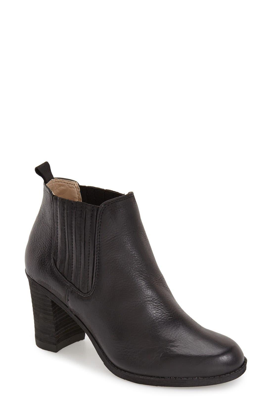 Main Image - Dr. Scholl's Original Collection 'London' Block Heel Bootie (Women)
