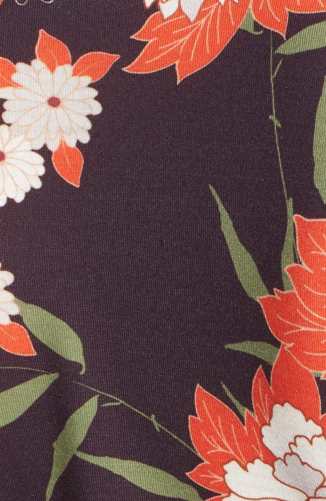 Alternate Image 5  - Missguided Floral Plunge Romper