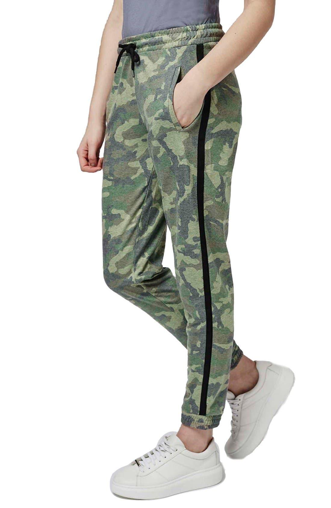 Alternate Image 1 Selected - Topshop Camo Sweatpants