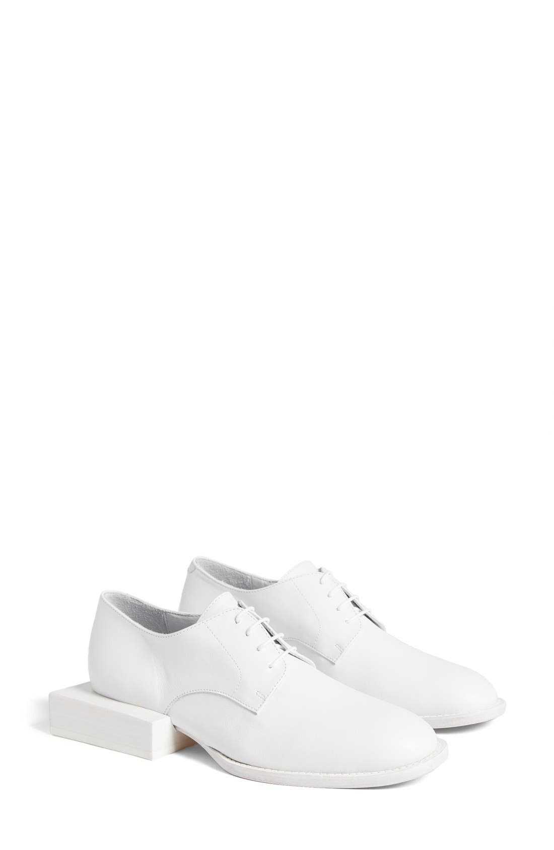 Alternate Image 1 Selected - Jacquemus 'Les Chaussures Clown' Oxford (Women)