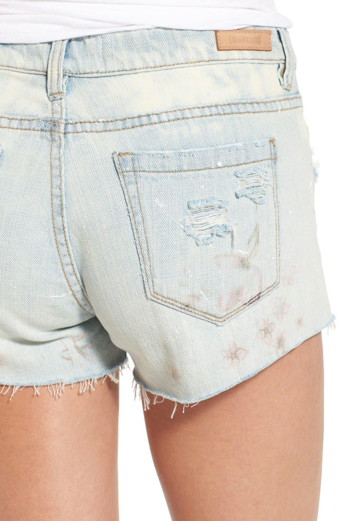 Alternate Image 4  - BLANKNYC 'Kitty Flower' Distressed Cutoff Denim Shorts