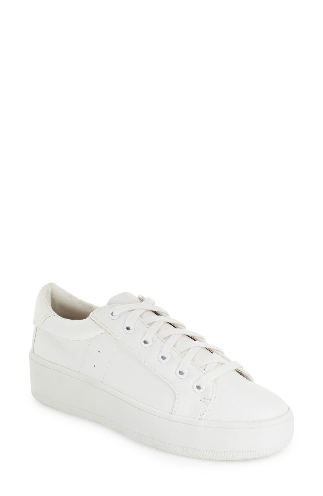 STEVE MADDEN 'Bertie' Lace-Up Sneaker