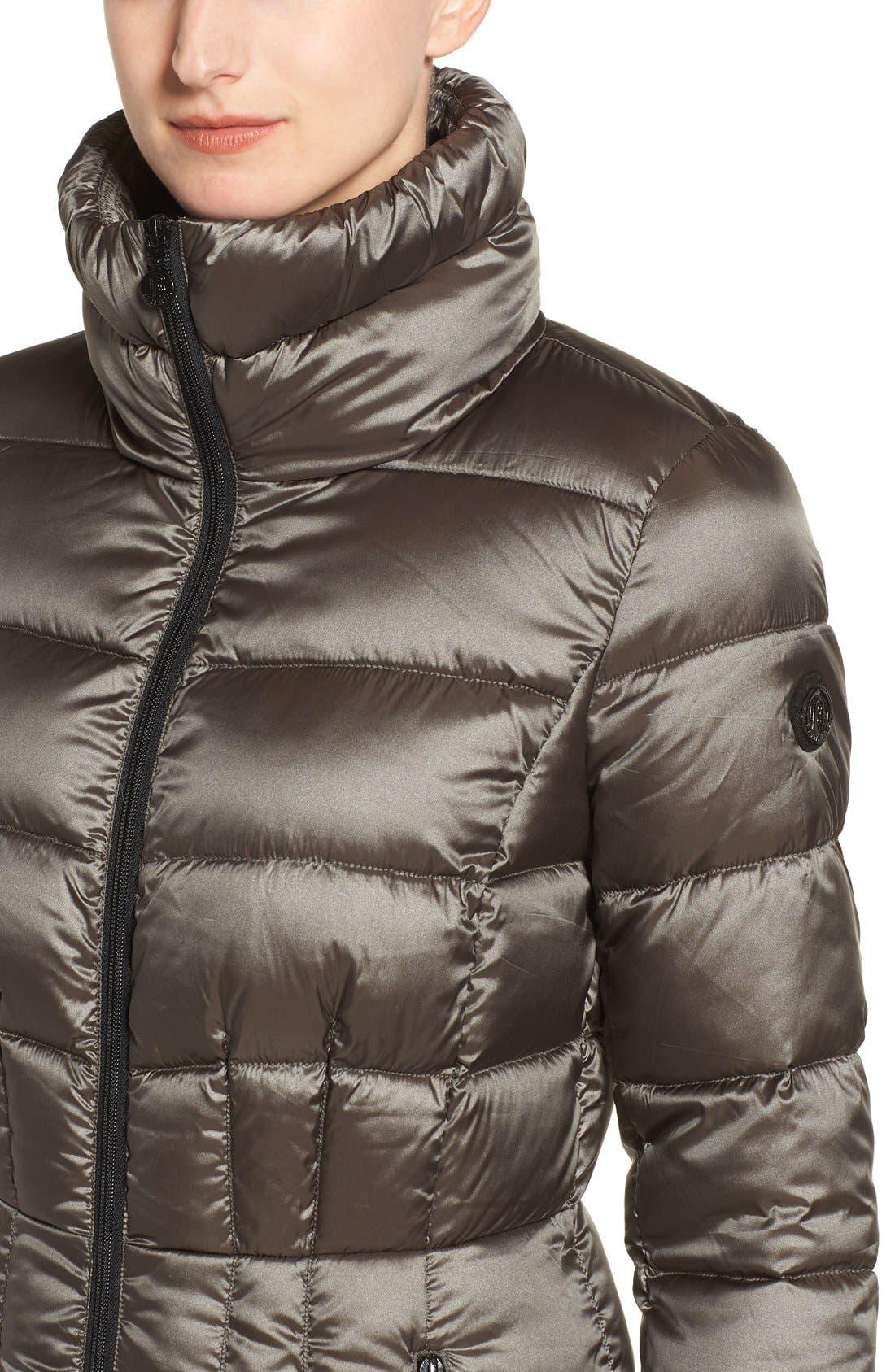 Alternate Image 4  - Bernardo Packable Coat with Down & PrimaLoft® Fill (Regular & Petite)
