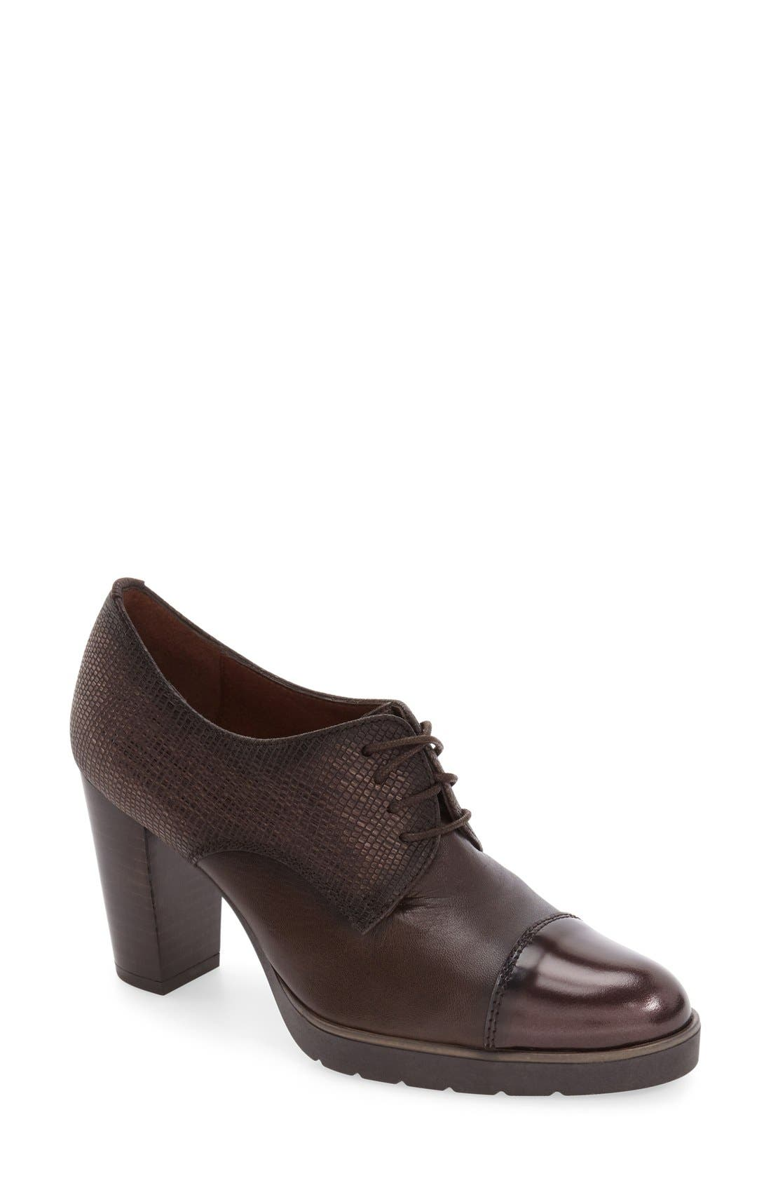 HISPANITAS 'Viv' Cap Toe Pump
