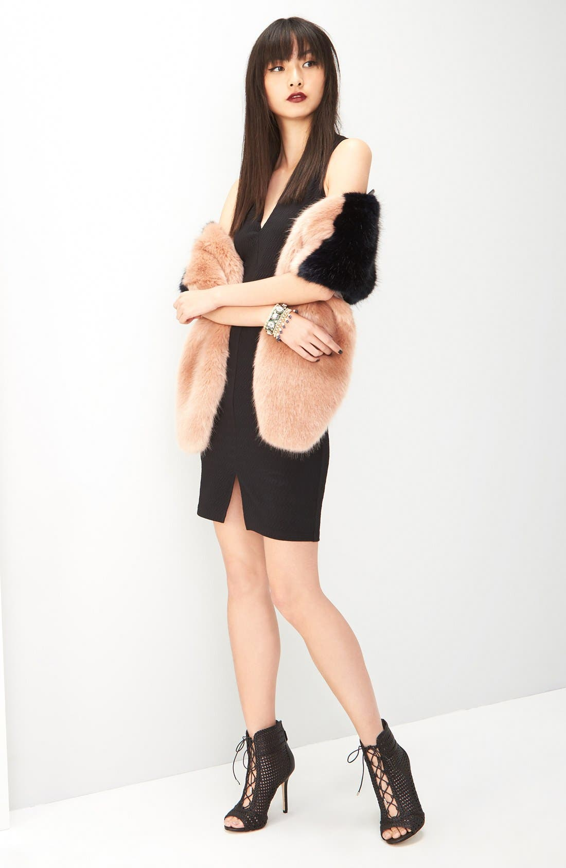Main Image - Halogen® Faux Fur Stole