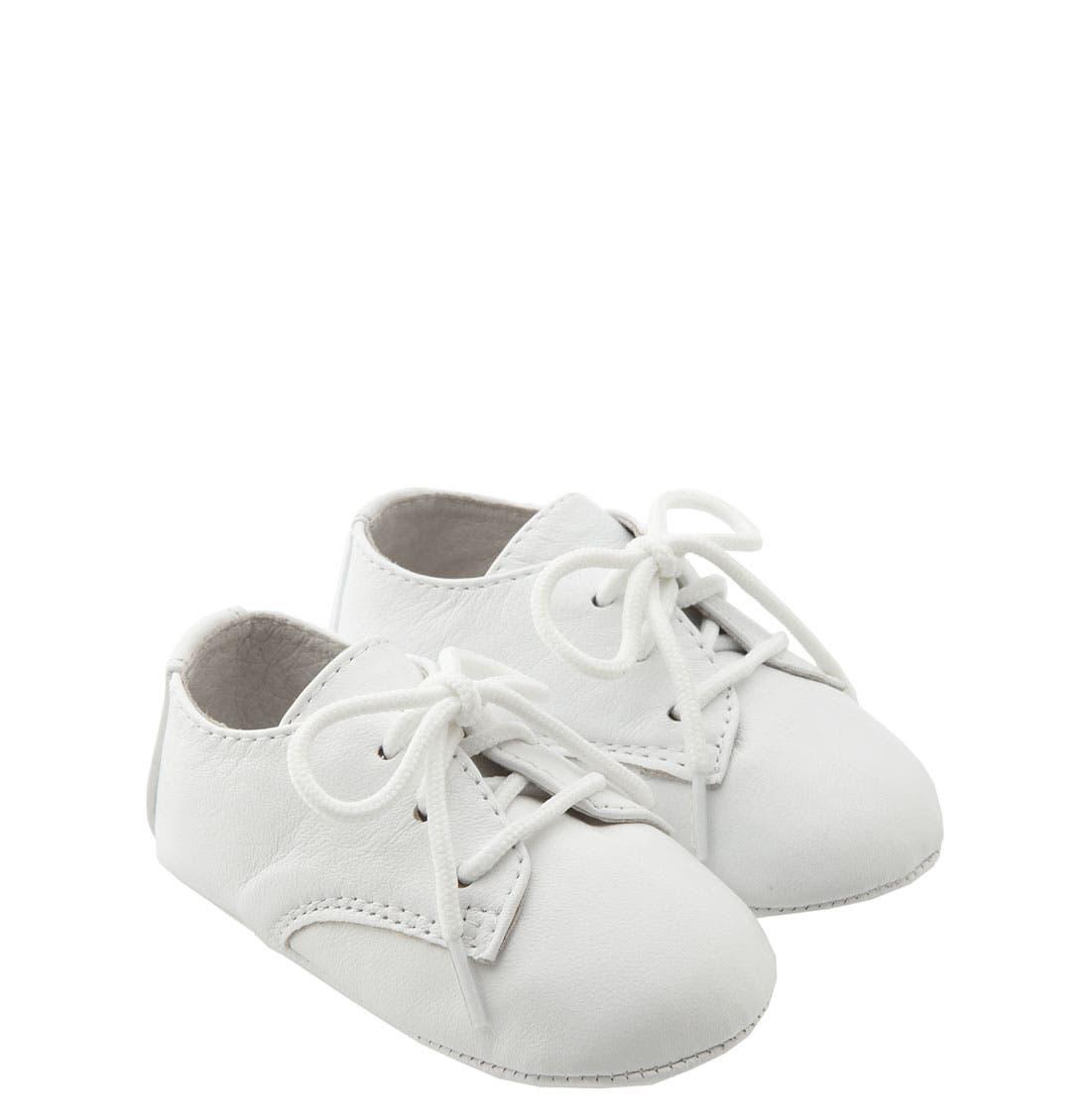 Main Image - Designer's Touch 'Eric' Crib Shoe (Baby)