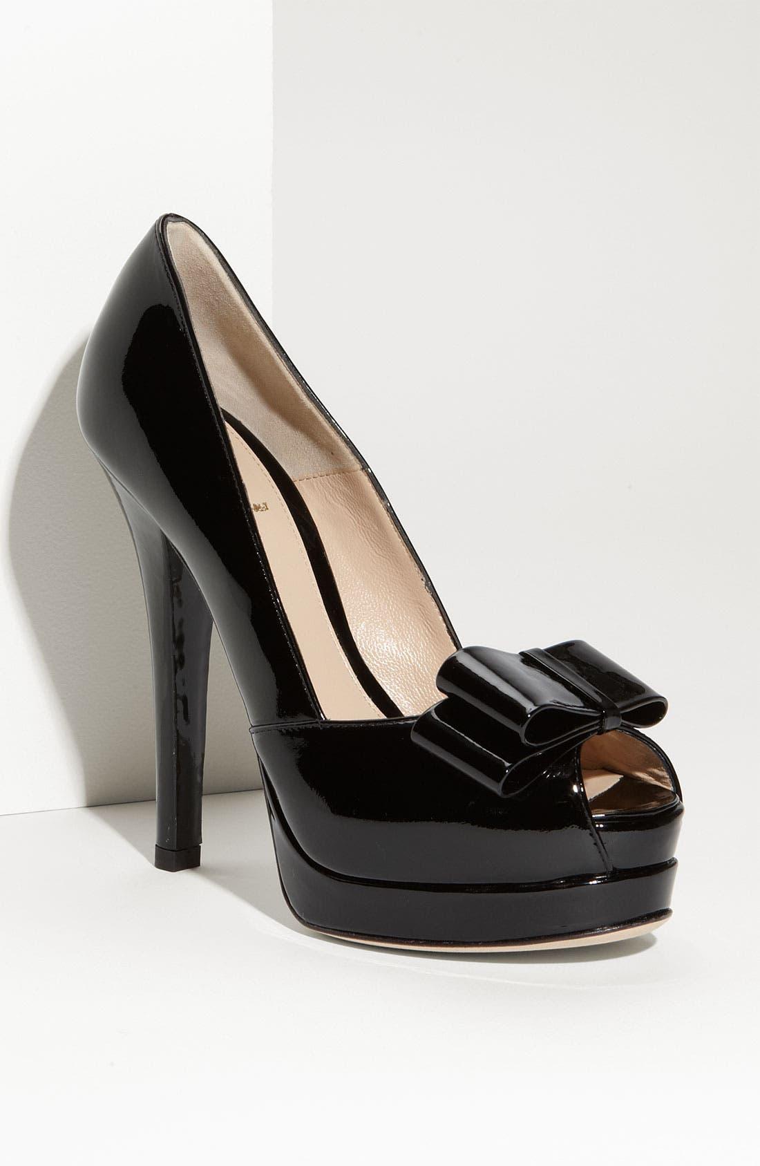 Alternate Image 1 Selected - Fendi 'Deco' Bow Trim Pump