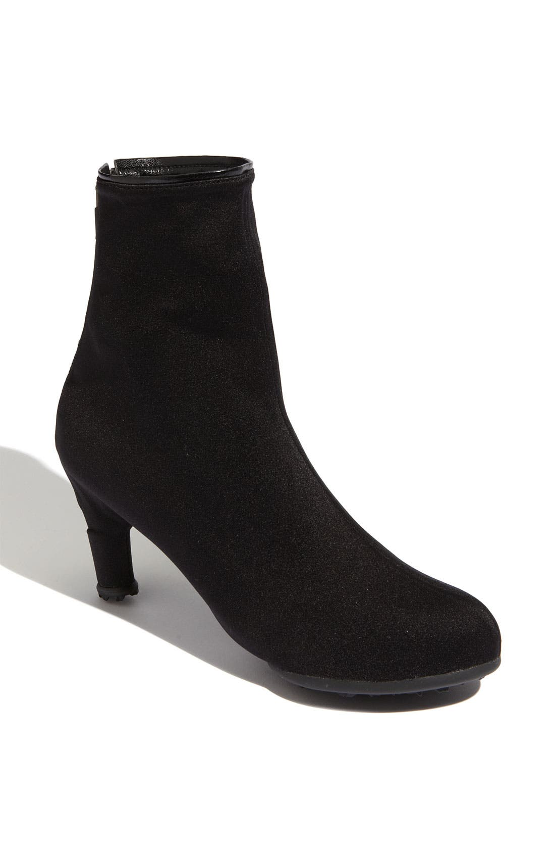 Main Image - Grace Carter 'High Round' Shoe Cover