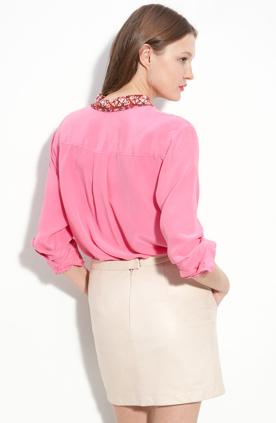 Alternate Image 2  - Equipment Print Collar Silk Shirt