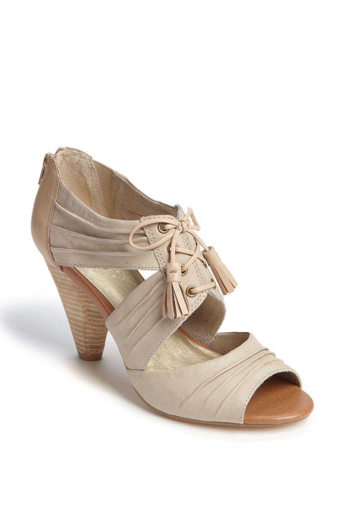 Alternate Image 1 Selected - Seychelles 'Solo' Sandal