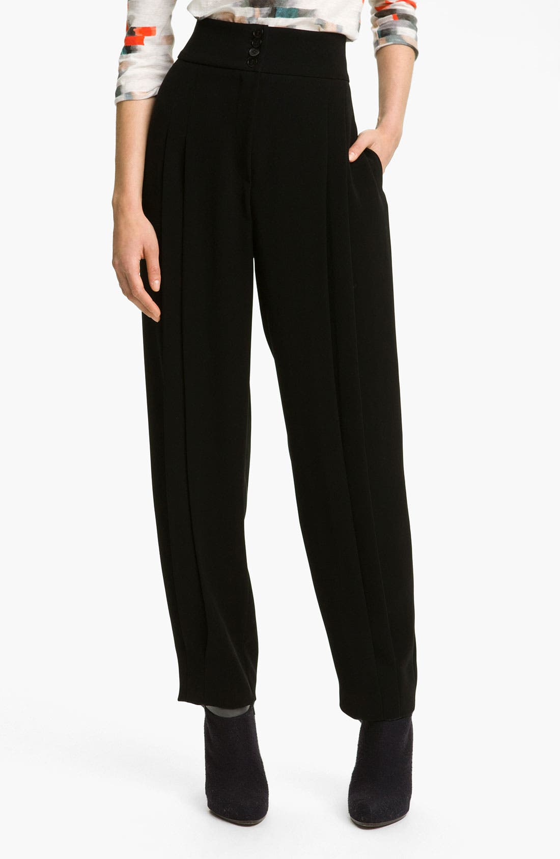 Main Image - Cacharel Pleated Crop Pants