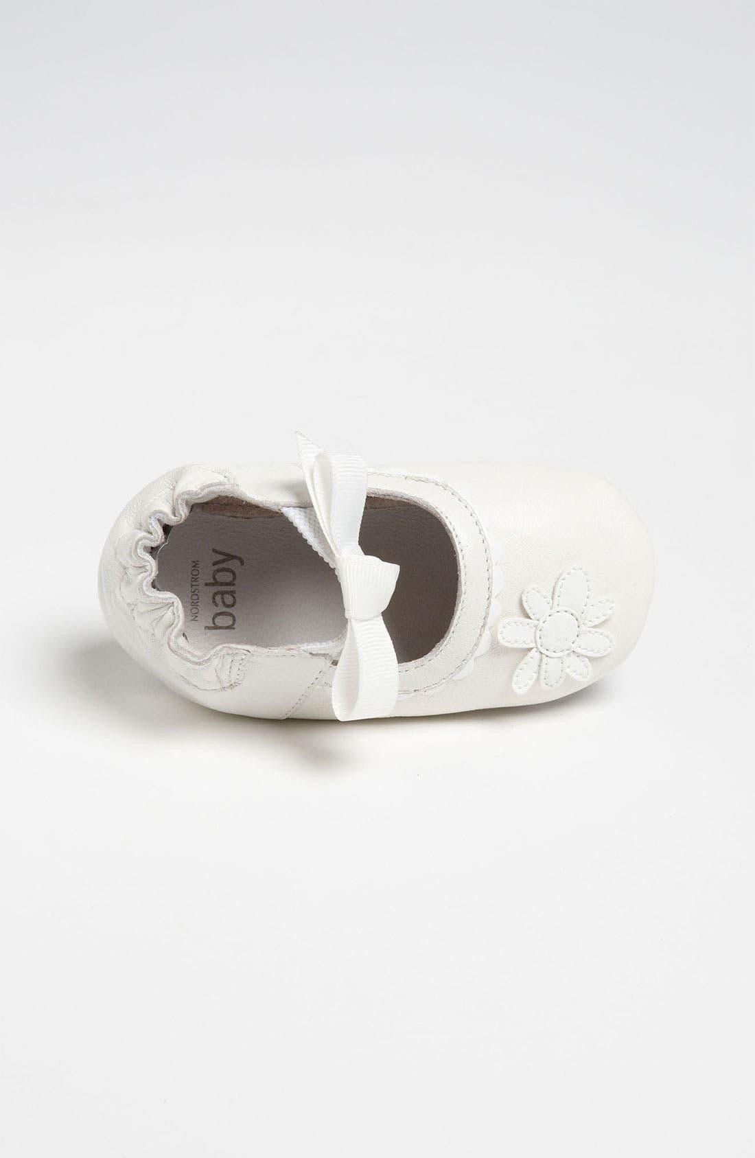 Alternate Image 3  - Nordstrom Baby 'Daisy' Crib Shoe (Infant)