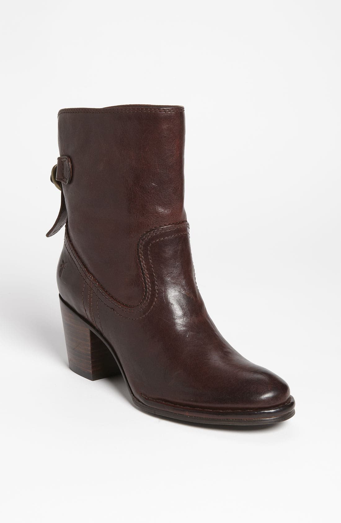Main Image - Frye 'Lucinda' Short Boot (Nordstrom Exclusive)