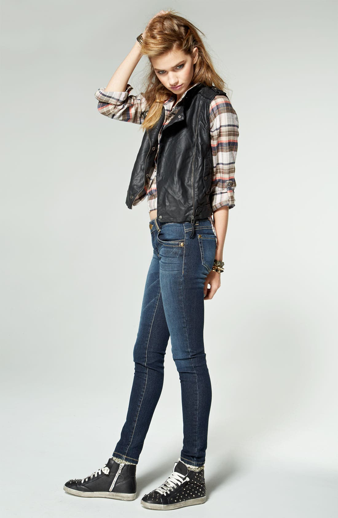 Alternate Image 4  - Jolt Stretch Skinny Jeans (Juniors)