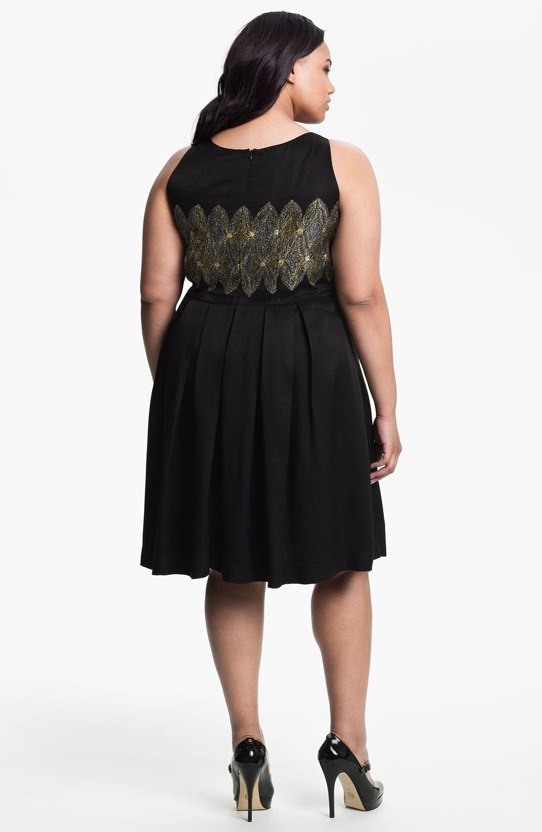 Alternate Image 2  - Evans Embroidered Sleeveless Dress (Plus Size)