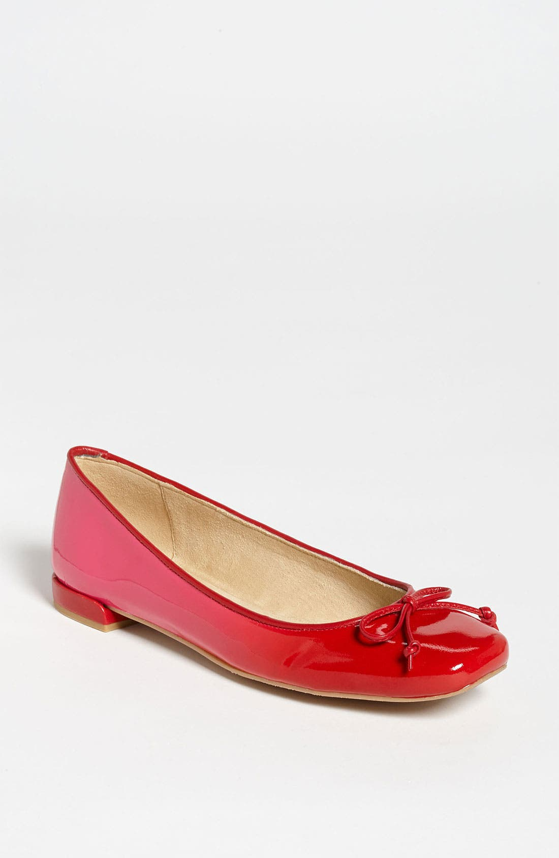 Alternate Image 1 Selected - Stuart Weitzman 'Stringon' Flat
