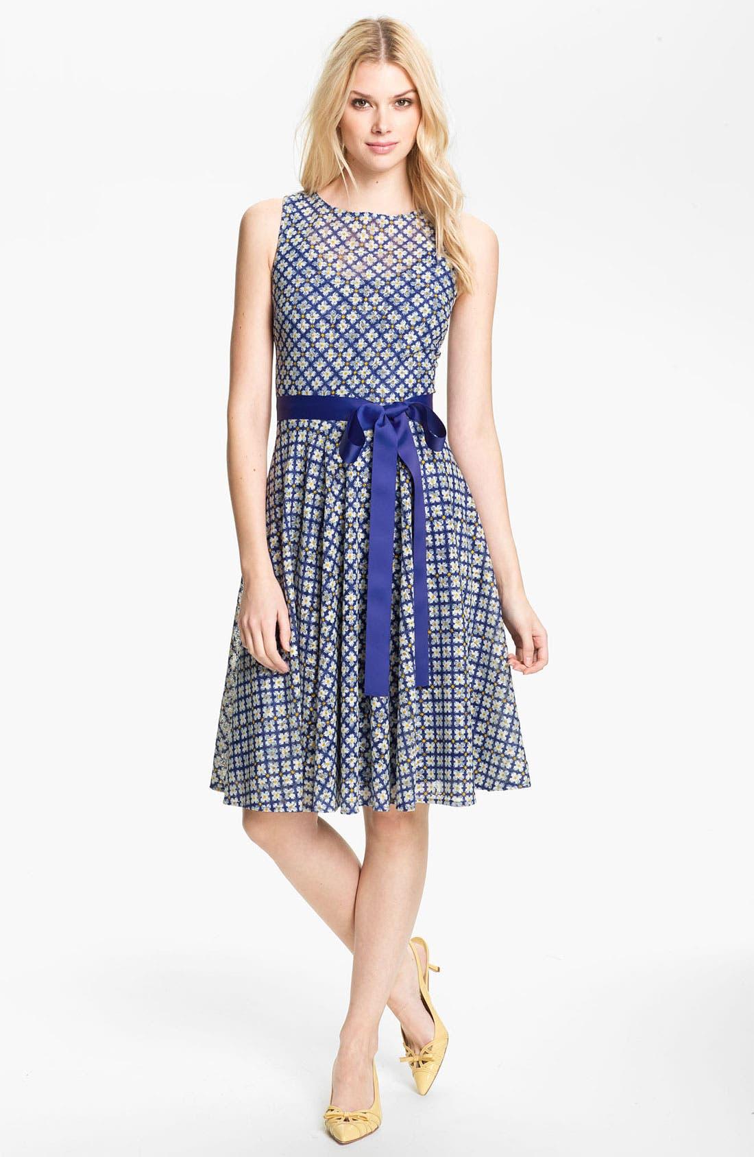 Alternate Image 1 Selected - Isaac Mizrahi New York Print Lace Dress