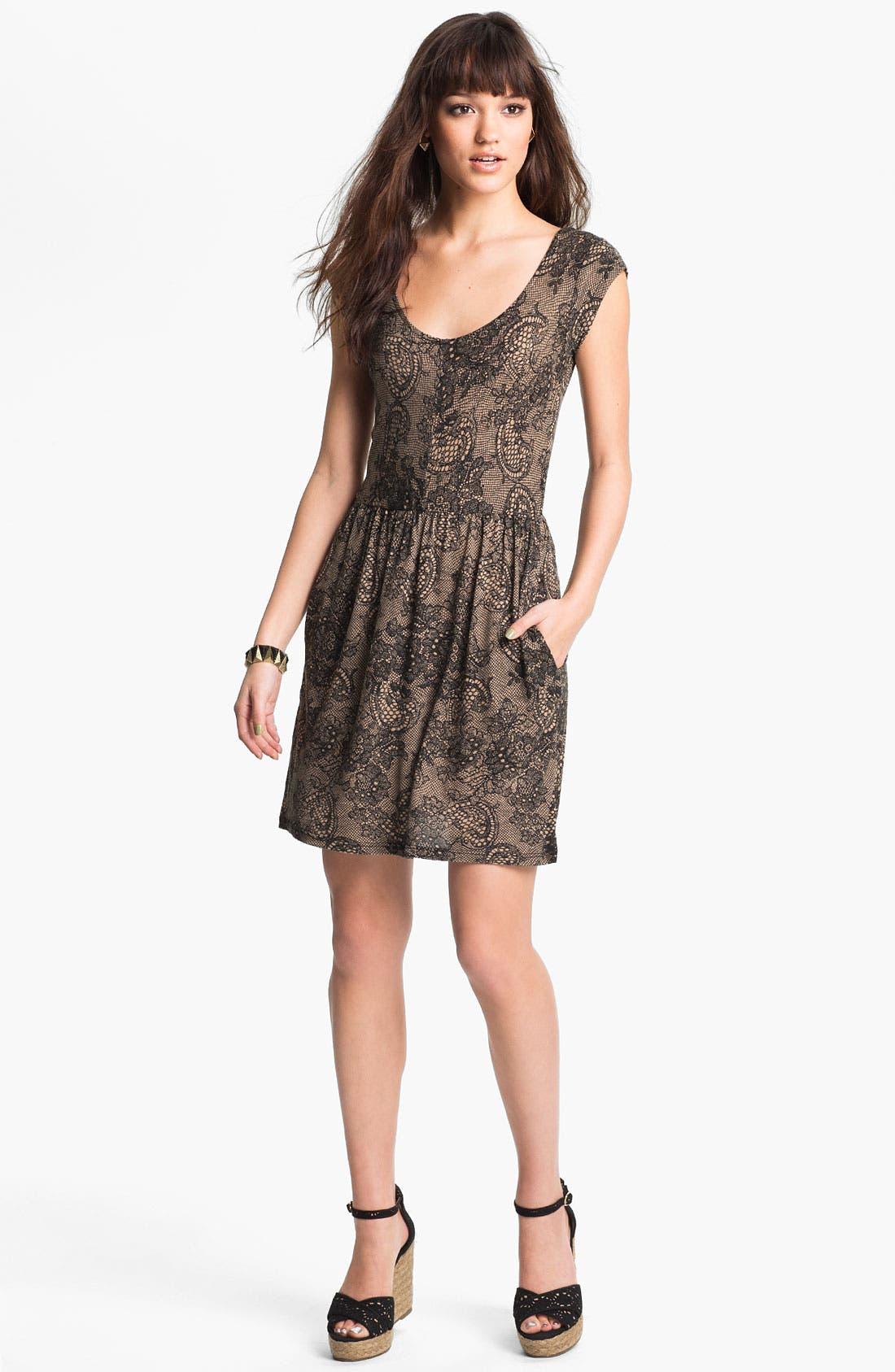 Alternate Image 1 Selected - Mimi Chica Paisley Print Dress (Juniors)