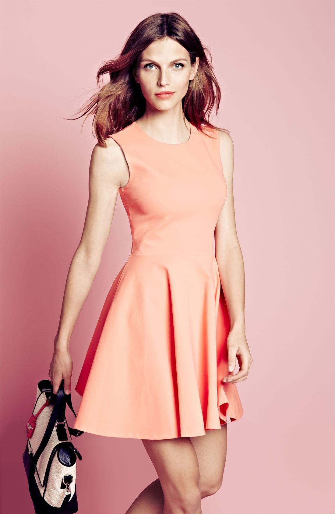 Main Image - Diane von Furstenberg Dress & Accessories