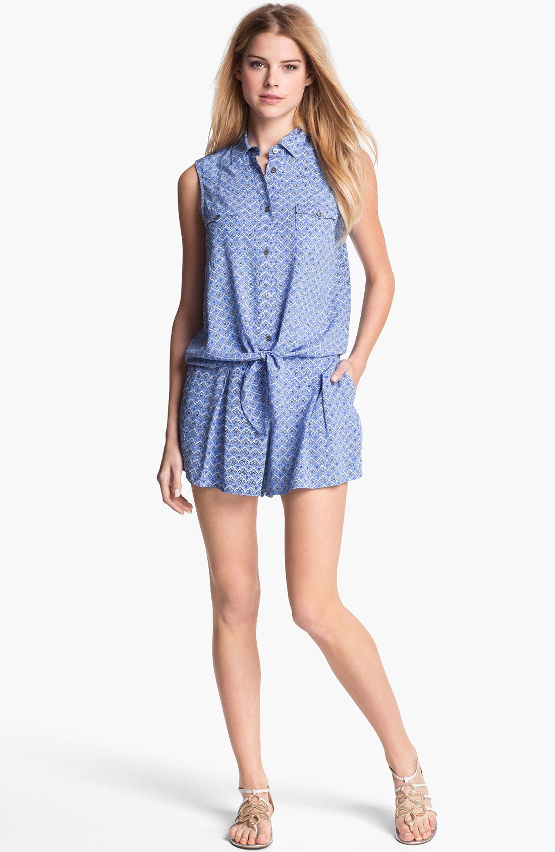 Alternate Image 4  - Two by Vince Camuto Pleated Print Shorts