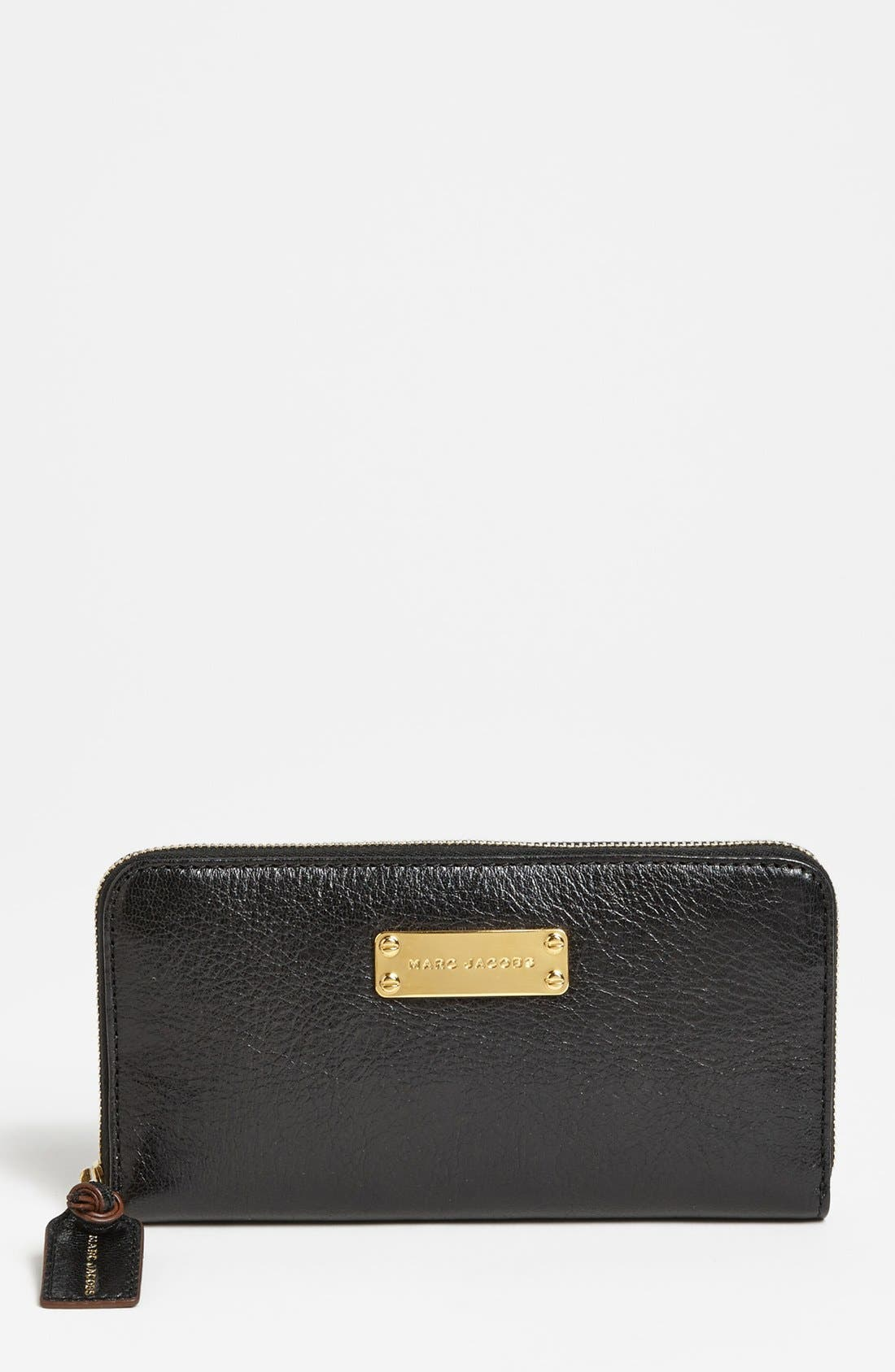 Main Image - MARC JACOBS 'Wellington Deluxe' Goatskin Wallet