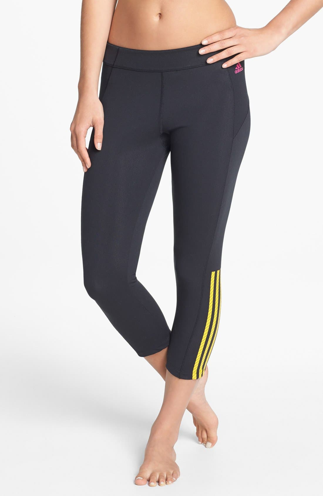 Main Image - adidas 'Pursue' Capri Leggings