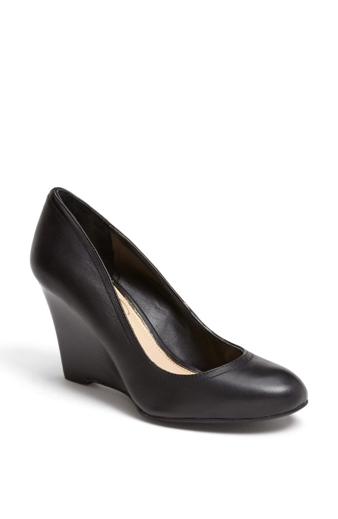 Alternate Image 1 Selected - Jessica Simpson 'Capri' Pump