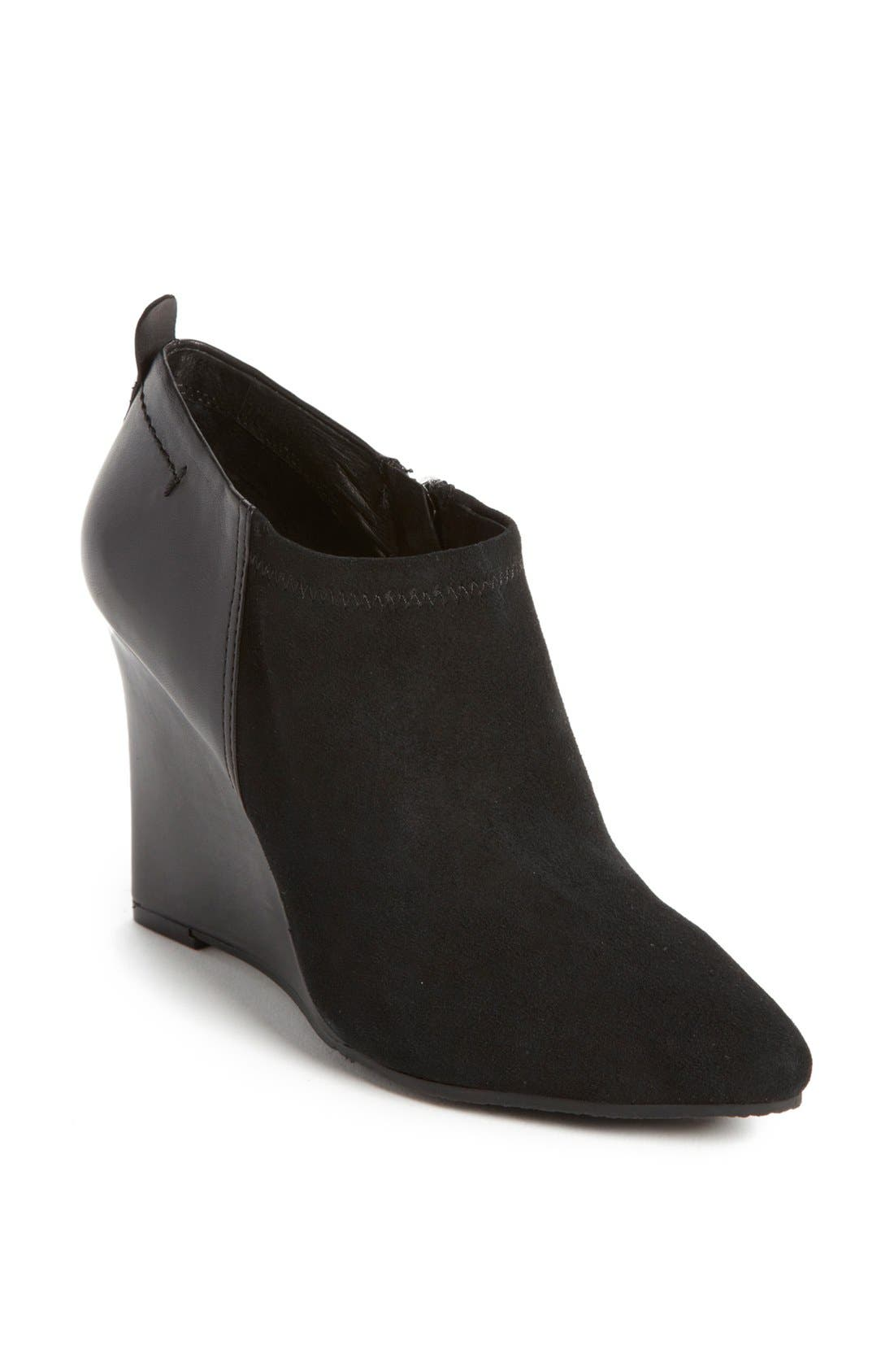 Alternate Image 1 Selected - Vince Camuto 'Kemper' Bootie (Nordstrom Exclusive)