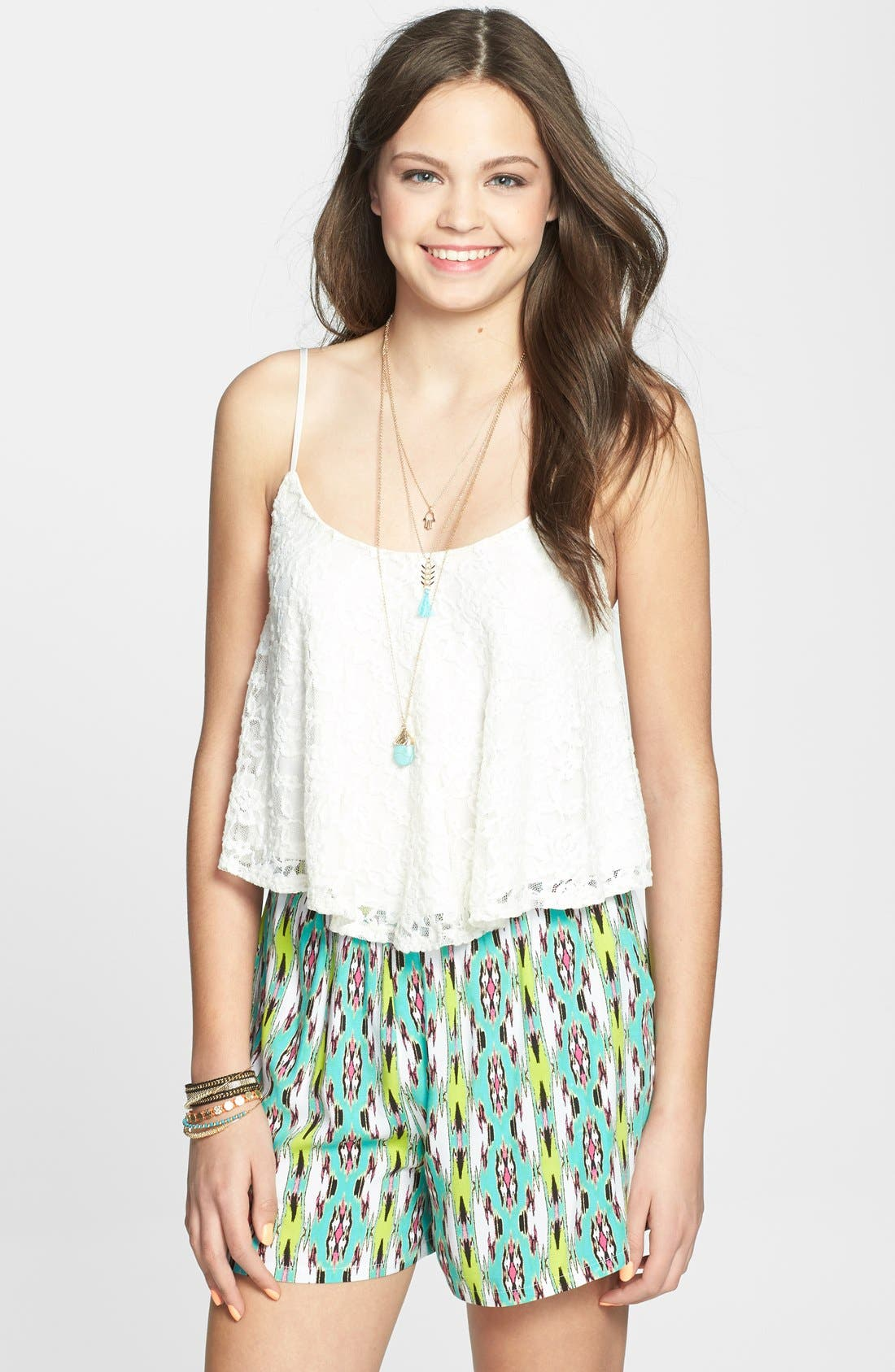 Main Image - Lily White Woven Shorts