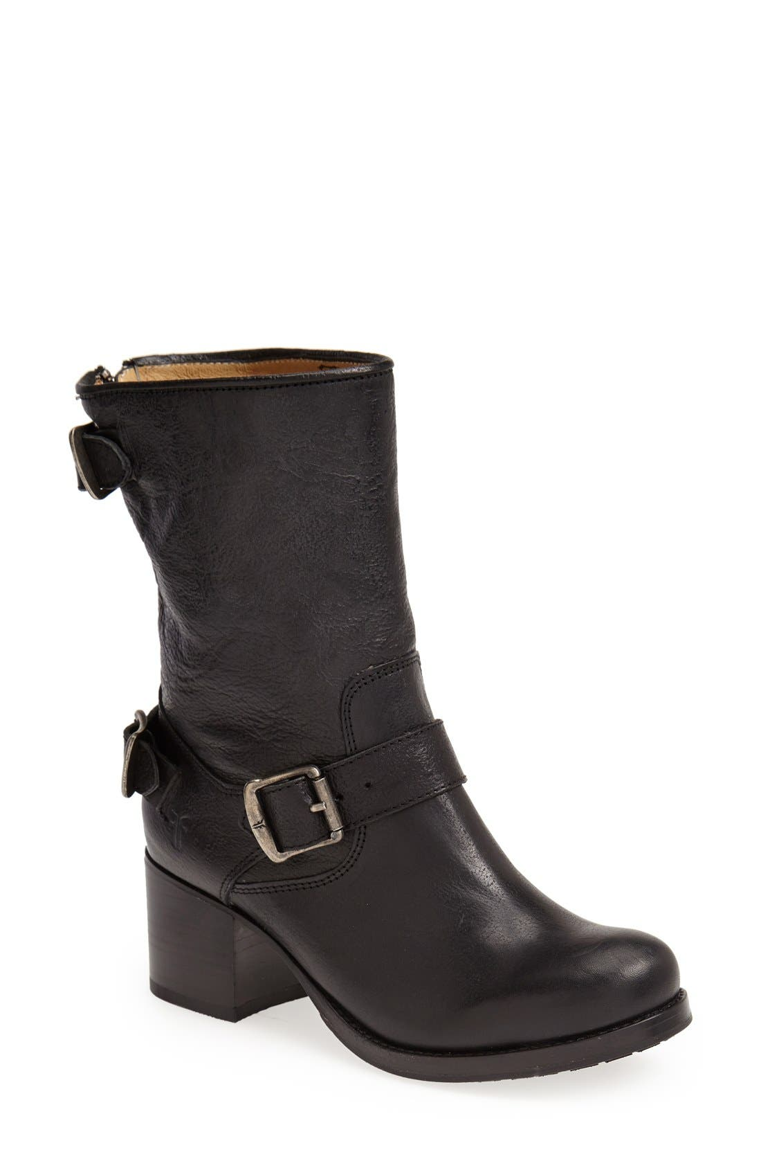 Main Image - Frye 'Vera' Short Boot (Women)