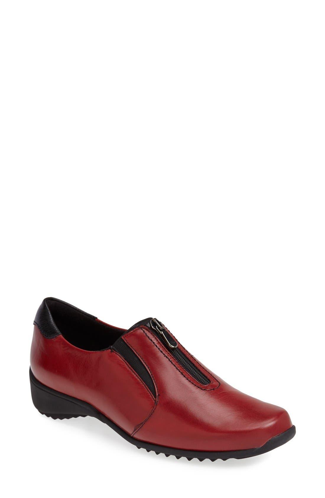 Munro 'Berkley' Sneaker (Women)