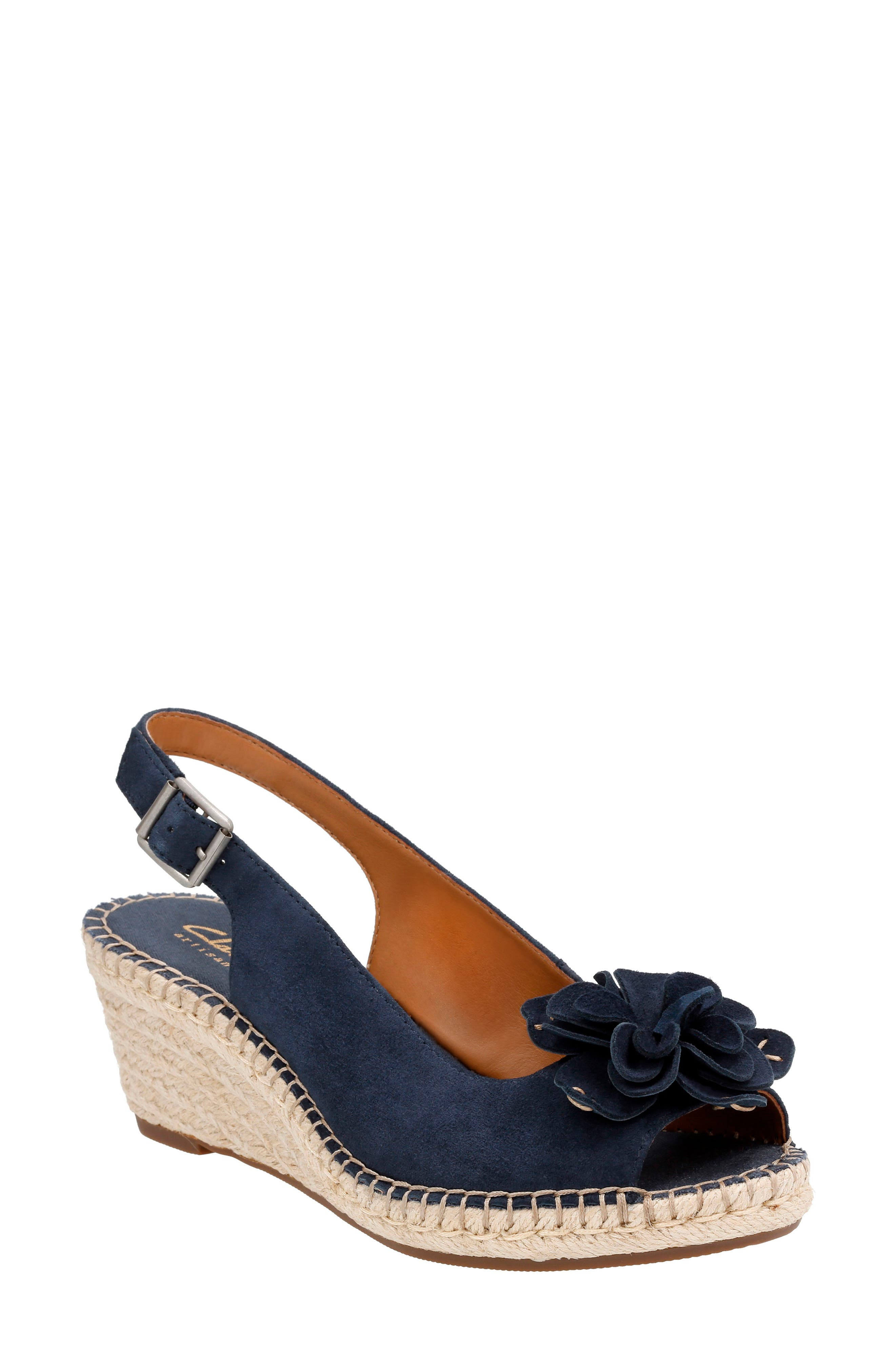 CLARKS® Petrina Bianca Wedge Sandal