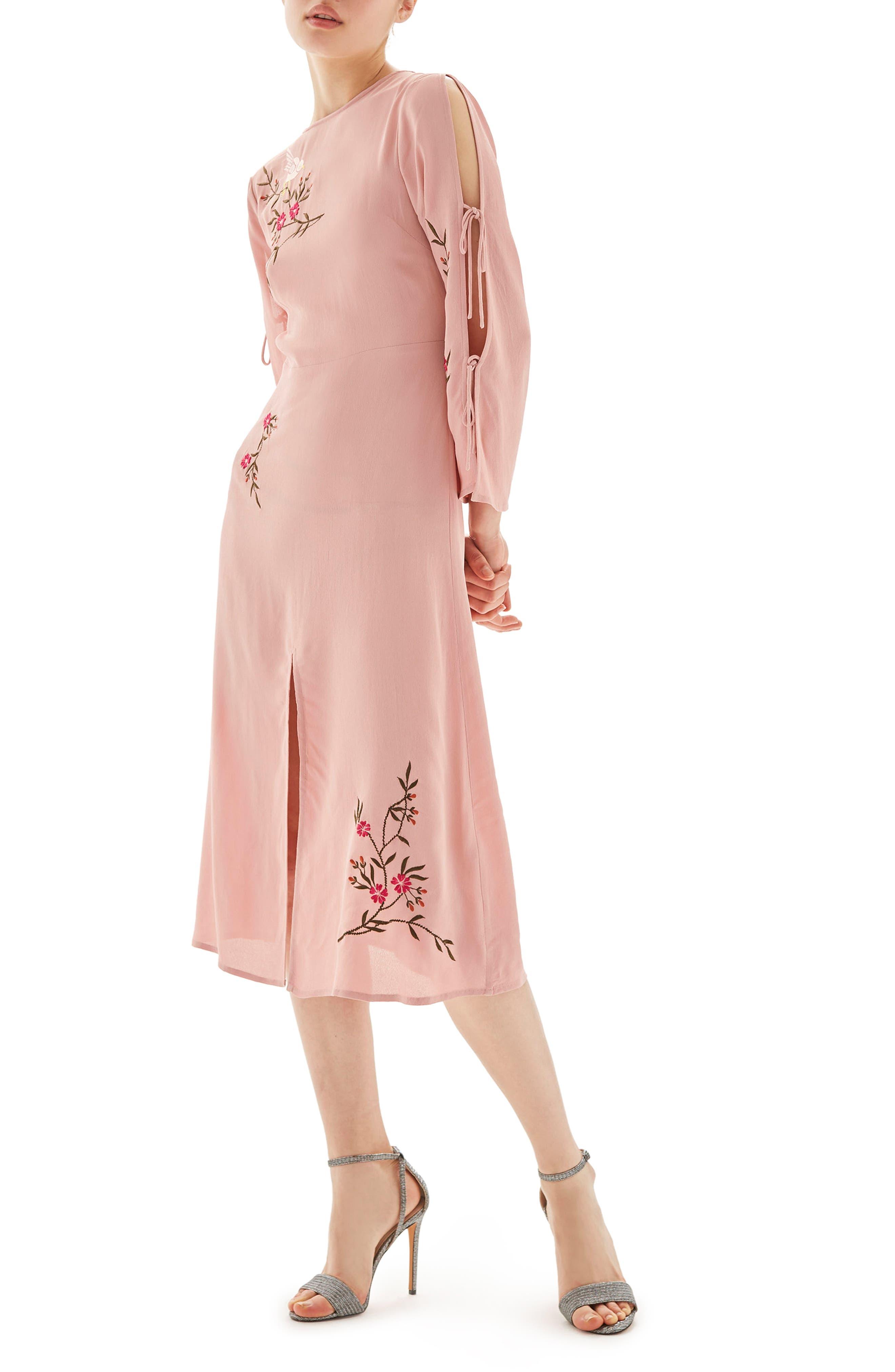 Main Image - Topshop Tokyo Embroidered Midi Dress