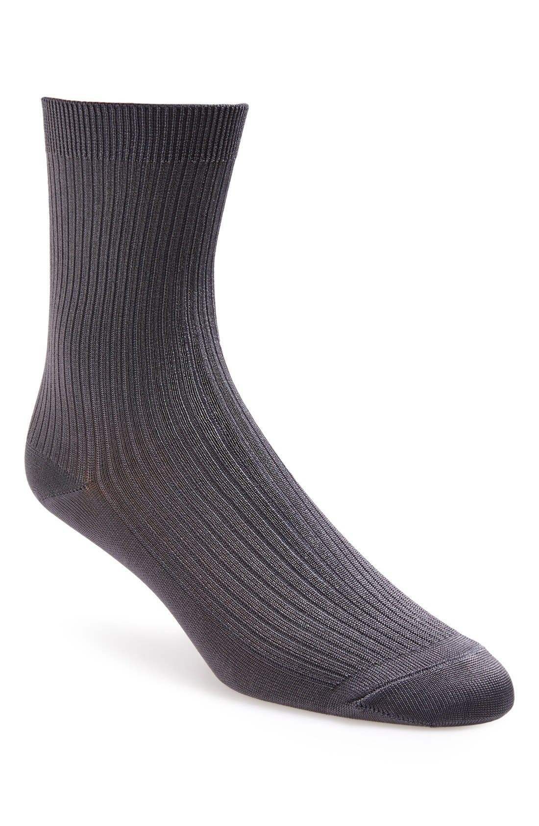 Main Image - Topshop Ribbed Crew Socks