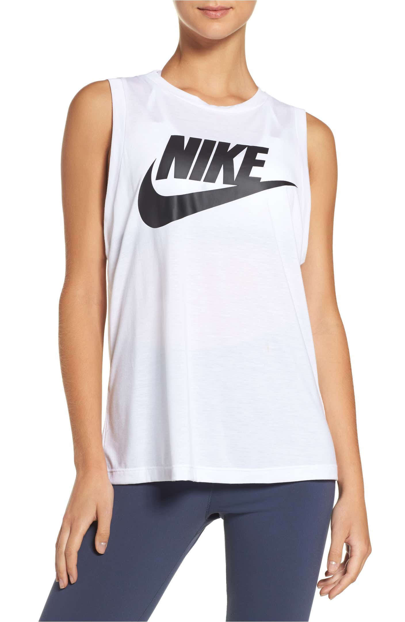 现在流行运动风!Nike女士经典运动服高达50%off!