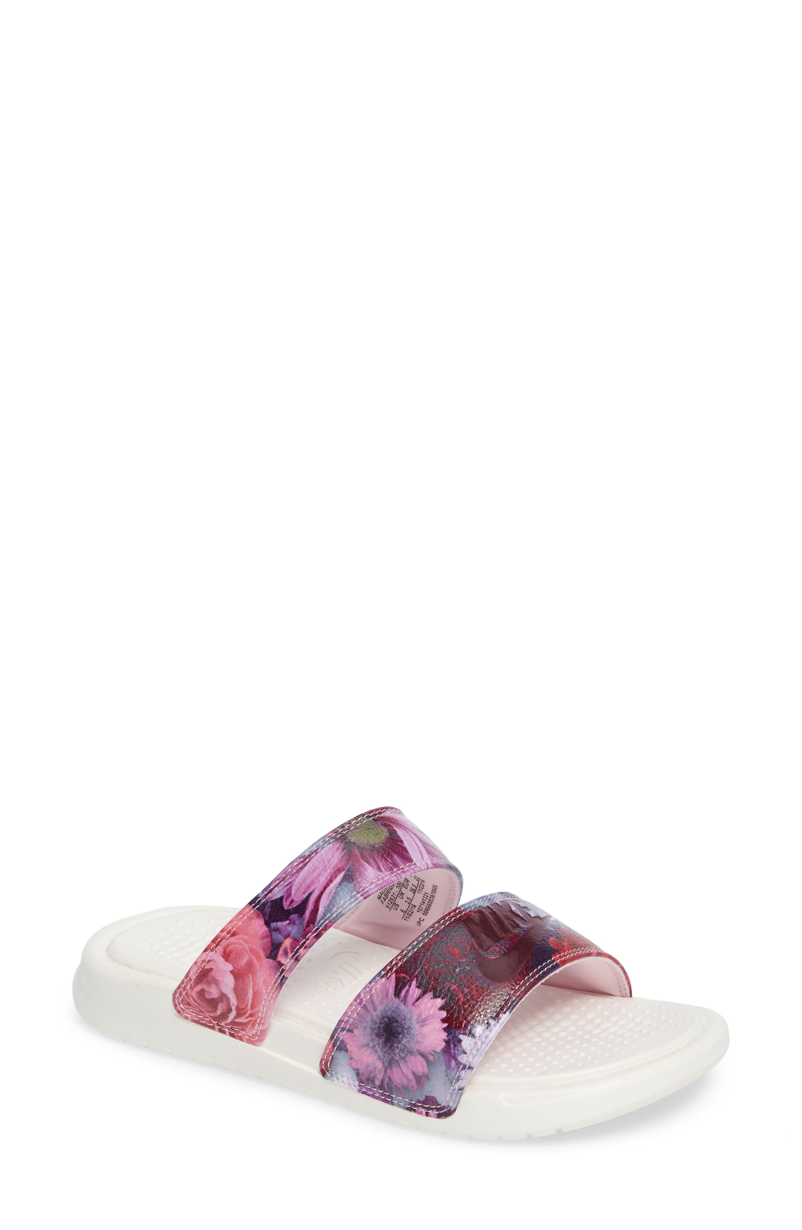 Nike Benassi Duo Ultra Slide Sandal (Women)